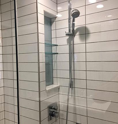 bath-remodeling-modern-solutions-47