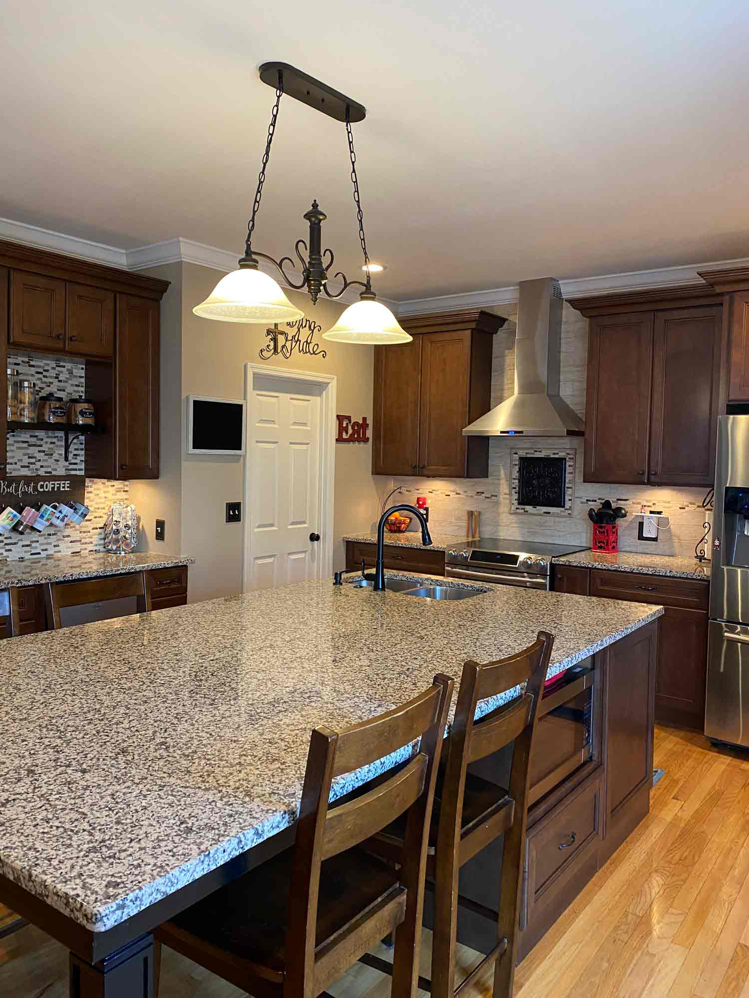 modern-solutions-kitchen-remodeling-picture-2